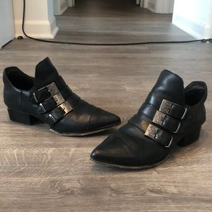 Like new Forever 21 leather western buckle boots